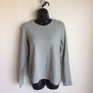 Gap Grey Top Size XL
